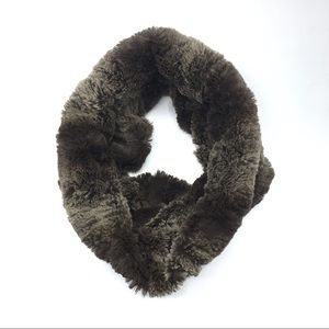 [BETSEY JOHNSON] Soft Faux Fur Infinity Scarf